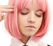 девушка в парике