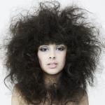 Здоровье по всей длине: как ухаживать за сухими кончиками волос