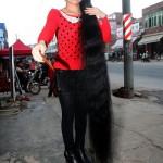 Китаянка отрастила волосы длиной 199 см !