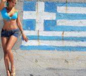 Греческая девушка