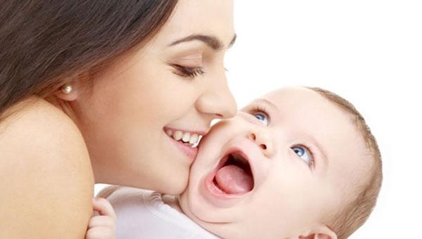 Выпадение волос после родов. Причины и лечение