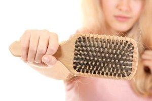 Почему выпадают волосы ?