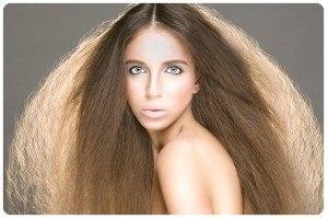 Много волос