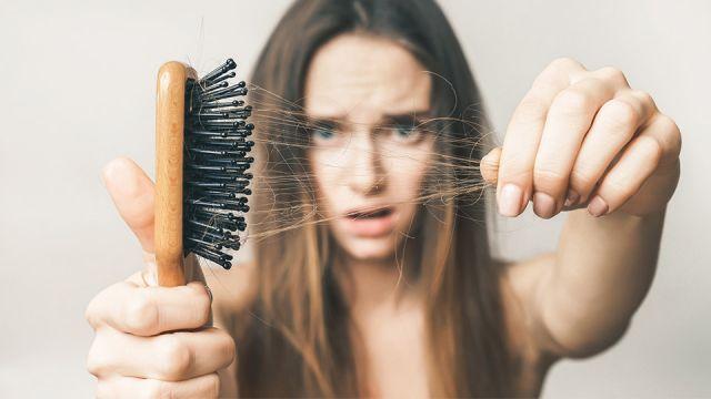 Выпадение волос на голове. Причины частого выпадения волос