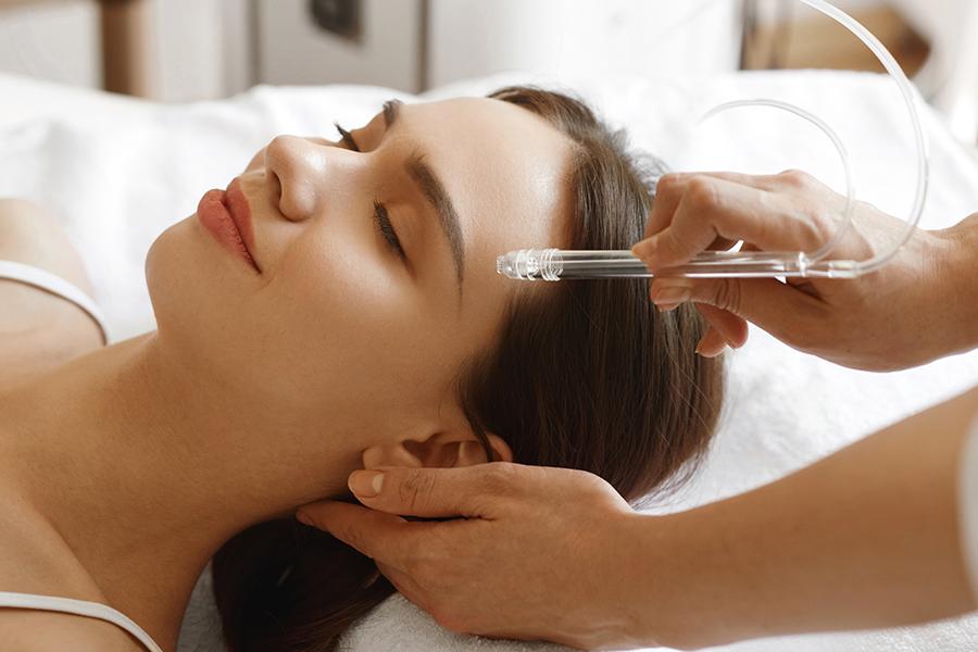 Жидкостный пилинг кожи головы