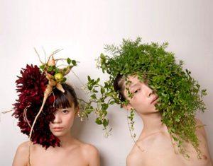 трава на голове
