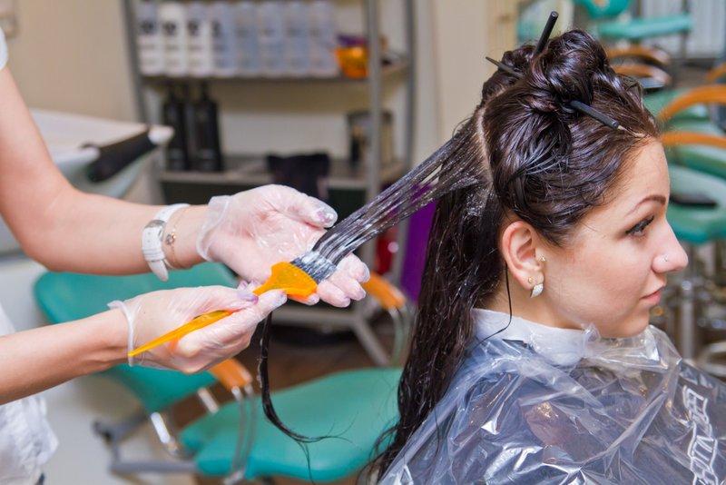 Можно ли делать нанопластику волос при беременности
