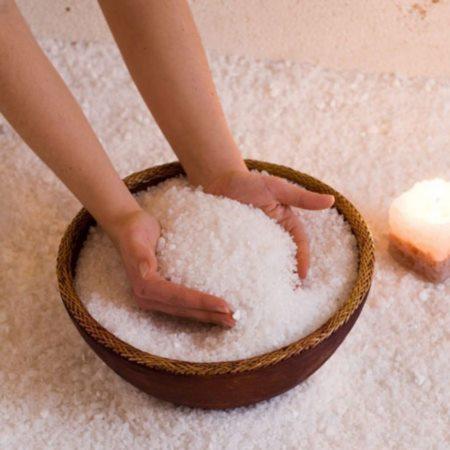 Лечение перхоти солью