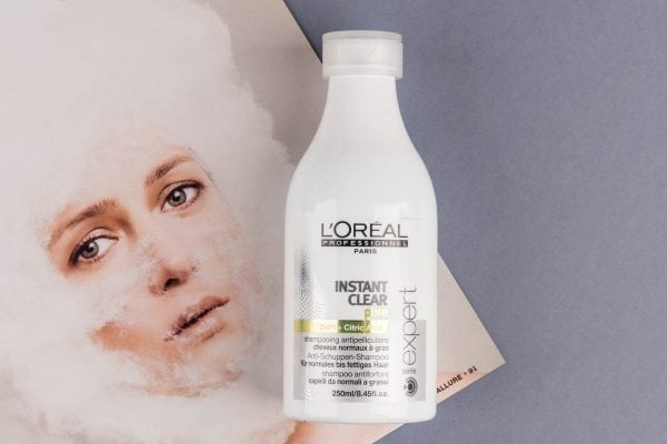 Instant Clear от L'Oreal.