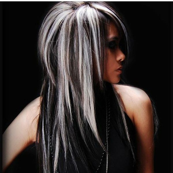 темные волосы