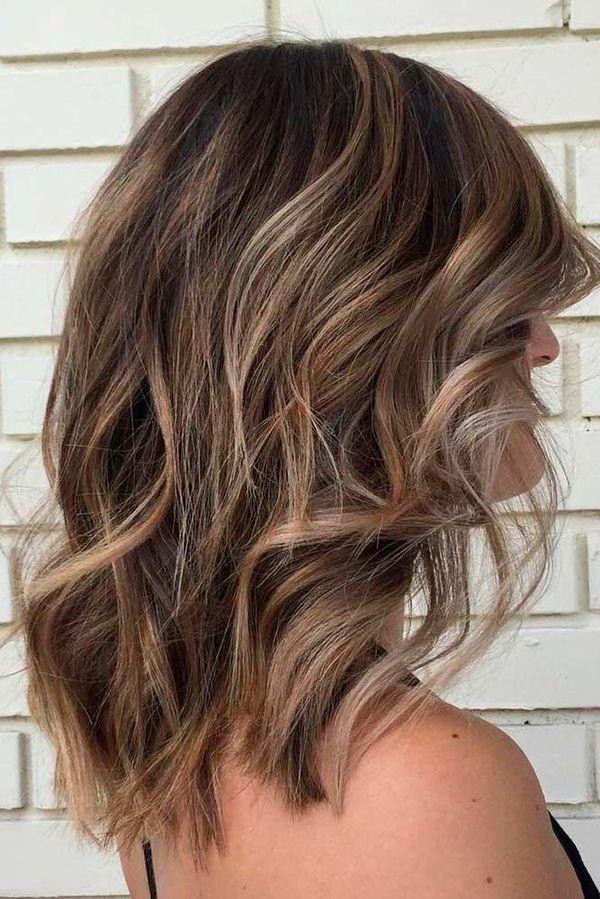 Волосы средней длины до плеч