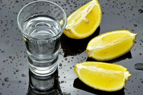 лимон и водка