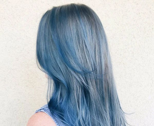 Пепельно-голубой цвет волосы