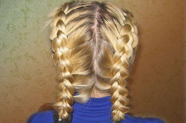 2 колоска на средние волосы