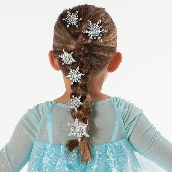 красивые прически для девочек с снежинками