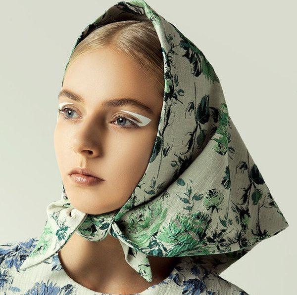 платок на голову В крестьянском стиле
